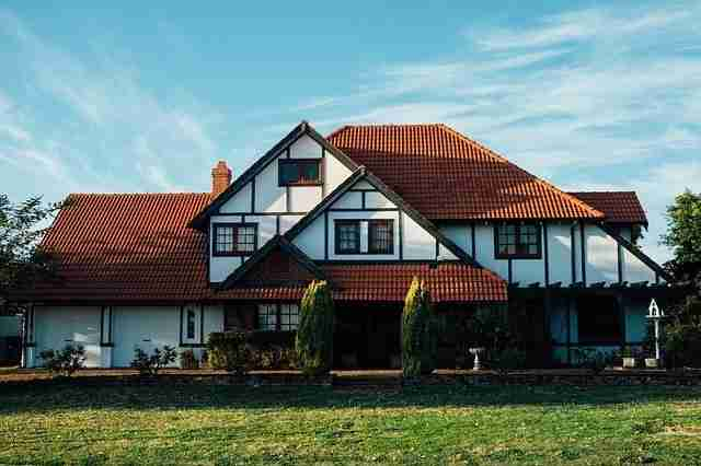 benefits of cleaning your roof